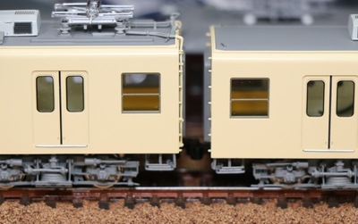 dentetsu_tobu8000_coupler5.jpg